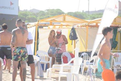 Sabrina Rojas y Luciano Castro, el pasado verano en Mar del Plata. (Foto: archivo Gente?