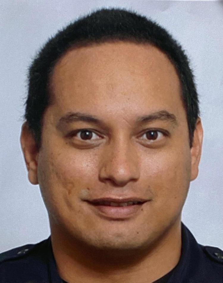 Kaulike Kalama, el agente fue ultimado a disparos cuando intentó detener al homicida (AP)