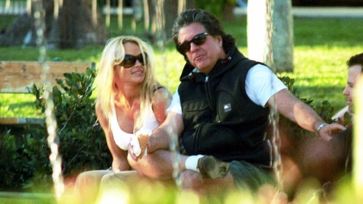 Peters ha expresado su admiración por Pamela Anderson (The Grosby Group)