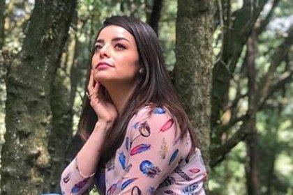 Hace unos meses Violeta Isfel sorprendió al publicar una foto muy íntima en Instagram (IG: violetaisfel)