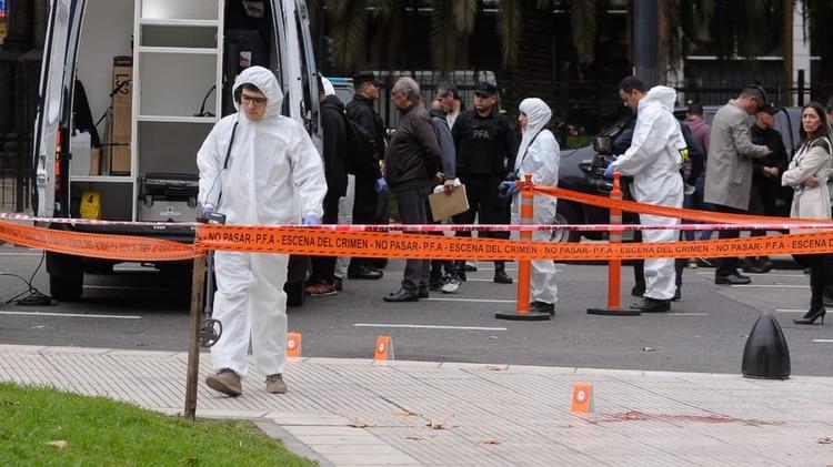 Los peritos se encuentran en la zona del ataque realizando peritajes (Foto: Patricio Murphy)