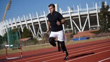Pablo Giesenow comenzó a practicar natación, ciclismo y atletismo después de accidente