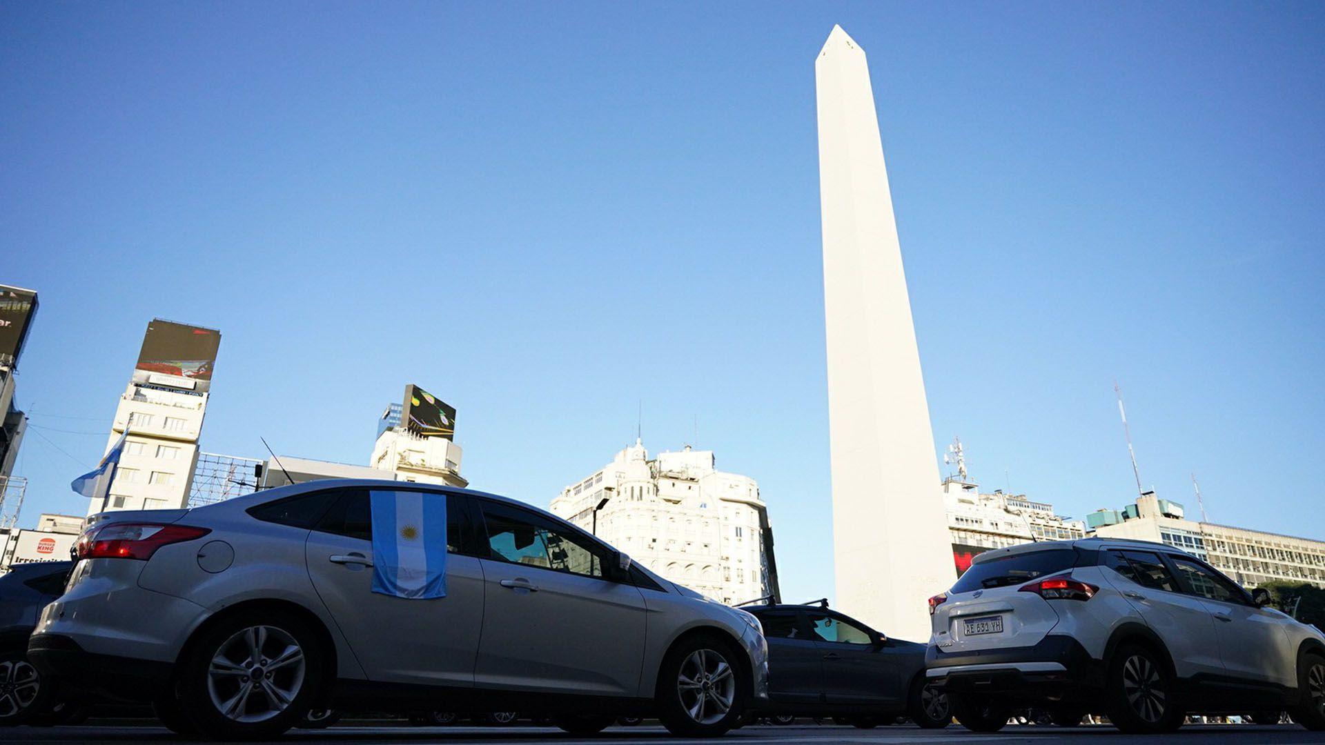 Marcha 25M - Obelisco