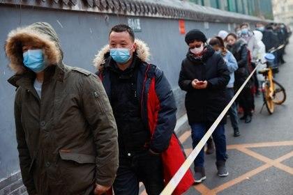 La nueva arma de China contra el coronavirus: la exploración rectal