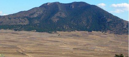 El cerro donde nació Huitzilopochtli actualmente se conoce como Hualtepec o del Astillero y está situado en el Valle del Mezquital, Hidalgo (Foto: INAH)