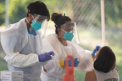 15/07/2020 Coronavirus.- EEUU supera los 150.000 fallecidos por coronavirus.  Estados Unidos ha superado este miércoles la barrera de los 150.000 fallecidos por coronavirus, según datos recogidos por la Universidad Johns Hopkins, que ha cifrado además en cerca de 4,4 millones el total de contagios en el país desde el inicio de la pandemia.  POLITICA INTERNACIONAL Bob Daemmrich/ZUMA Wire/dpa