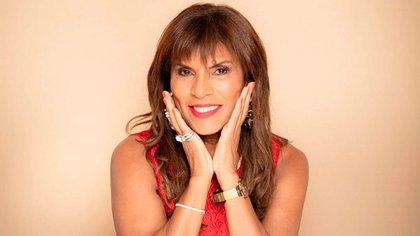 Anamá Ferreira (@anamaferreira)