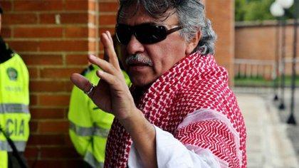 El ex guerrillero de las FARC Jesús Santrich se fugó a Venezuela, según un informe de inteligencia del ejército colombiano