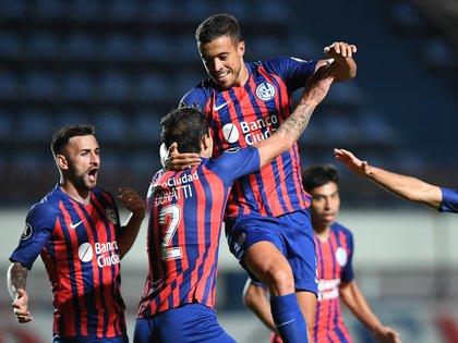 San Lorenzo viene de eliminar a la U de Chile en la Copa Libertadore sy quiere llevar su buen momento al torneo doméstico. Foto: REUTERS/Ronaldo Schemidt