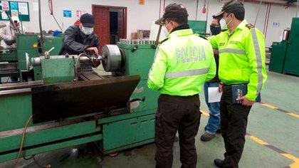 Registro en Ecuador de una fábrica de armas (Interpol)