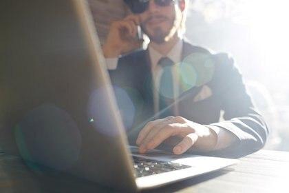 Gran parte de la población utiliza LinkedIn para buscar empleo (Getty Images)