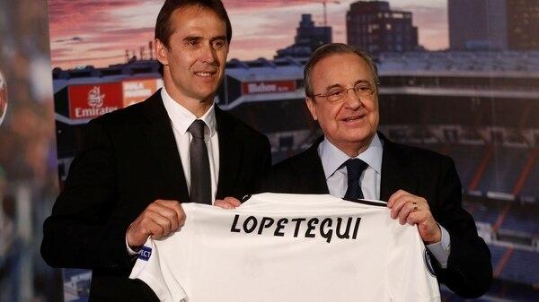 Julen Lopetegui se encuentra en la cuerda floja en Real Madrid (REUTERS/Juan Medina)