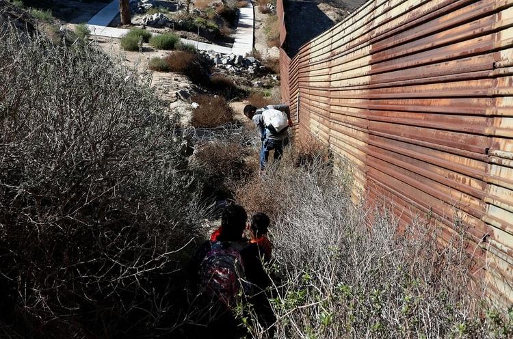 Los demócratas aseguran que la situación en la frontera no puede ser calificada como una emergencia nacional (Reuters)