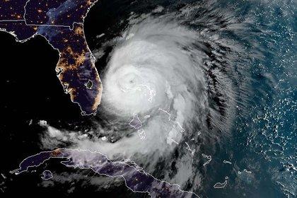 Imagen satelital del huracán Dorian (Foto de HO/ NOAA/ RAMMB/ AFP)