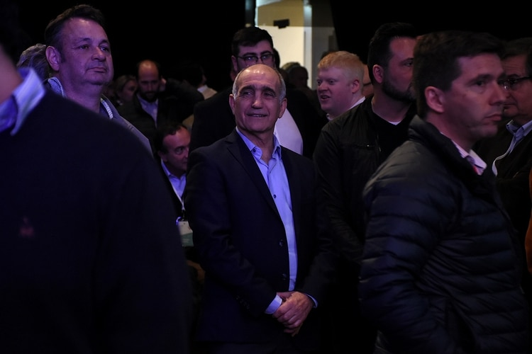 El vicegobernador bonaerense Daniel Salvador, uno de los ganadores en la convención
