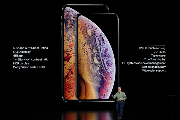 Philip W. Schiller, vicepresidente senior de marketing mundial de Apple, presenta los nuevos iPhone Xs y Xs Max en Cupertino, California (Reuters)
