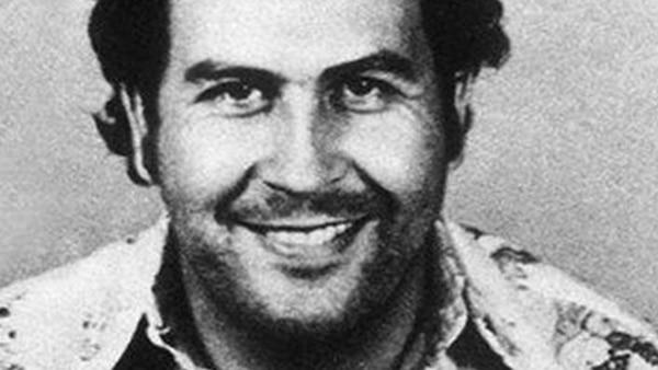 Pablo Escobar, el temido cabecilla del Cartel de Medellín que desató la peor violencia narco en Colombia.