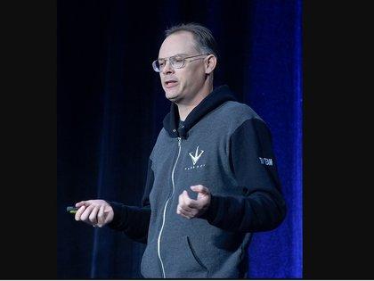 Tim Sweeney durante una conferencia para desarrolladores, en 2016.