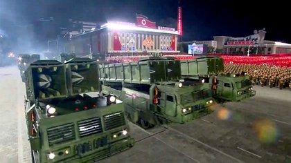Los KN-24, misiles balísticos tácticos de combustible sólido