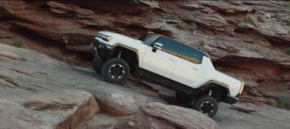 Hummers de General Motors será una camioneta 100% eléctrica y saldrá a la venta hacia fines de septiembre de 2021 (Captura de pantalla GM)
