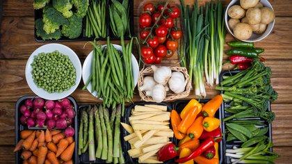 Comer productos vegetales en abundacia es una manera de proteger el planeta (iStock)