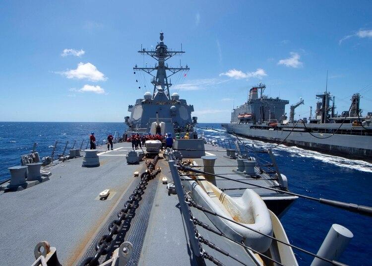 El USS Kidd (DDG-100), un destructor de clase Arleigh Burke en la Marina de los Estados Unidos, en el Océano Pacífico el 27 de marzo de 2020 (Brandie Nuzzi/Handout via REUTERS)