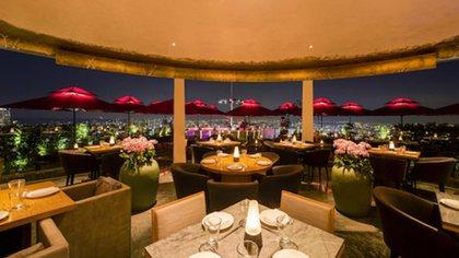 El restaurante en donde se lleva a cabo la cena, es uno de los más exclusivos del mundo