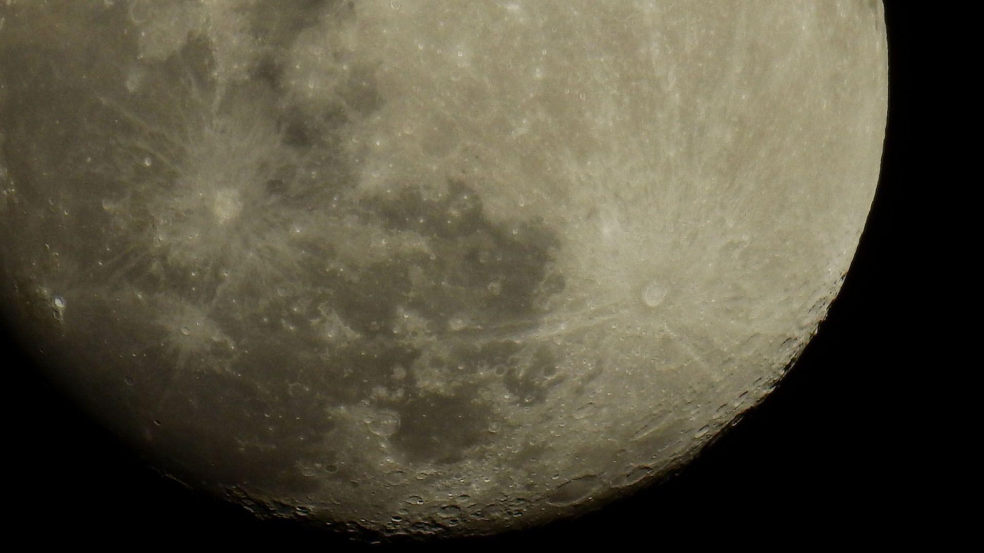 Desde que fue descubierto en 1962, varias son las misiones que tuvieron el cráter Aitken como objeto de estudio
