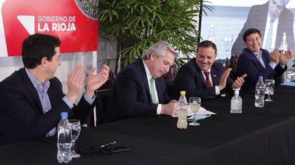 Alberto Fernández y Daniel Arroyo participaron del acto en La Rioja