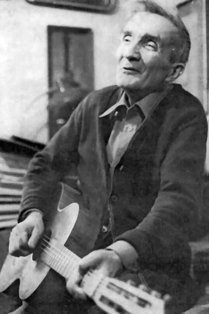 Kulisiewicz creó la colección individual más grande de la música que los cautivos cantaban y creaban en los campos de concentración. (Museo del Holocausto de Washington DC, cortesía de Aleksander Kulisiewicz)