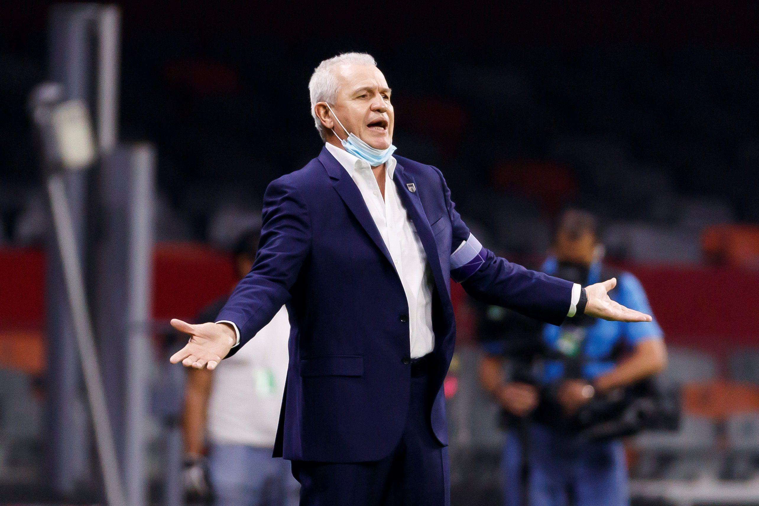 Javier Aguirre suma cinco títulos como entrenador en su carrera (Foto:  EFE/José Méndez)