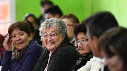 Los jubilados, pensionados y beneficiarios de la Asignación Universal por Hijo y por Embarazo cobrarán un bono extraordinario