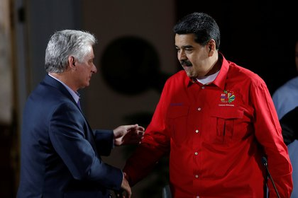Maduro con el mandatario cubano, Miguel Díaz-Canel(REUTERS/Manaure Quintero)
