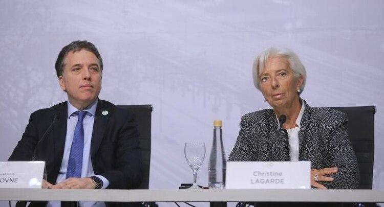 Nicolás Dujovne y Christine Lagarde firmaron en septiembre de 2018 la ampliación del acuerdo con el FMI a USD 57.000 millones