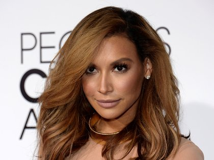 "FILE PHOTO: Actress Naya Rivera, from the Fox series ""Glee,"" arrives at the 2014 People's Choice Awards in Los Angeles, California January 8, 2014.  REUTERS/Kevork Djansezian/File Photo"