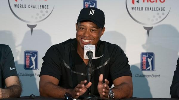Tiger Woods anunció su vuelta al golf profesional