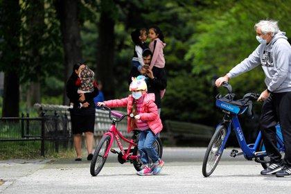 El 85,7% de los padres ha notado cambios en el estado emocional y el comportamiento de sus hijos (EFE / Peter Foley / File)