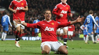 Premier League described the signing of Chicharito Hernández as one of the best in history (Photo: Twitter / @ManUtd_Es)