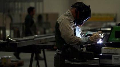 Los metalúrgicos recibirán un aumento del 35,2% en 2021