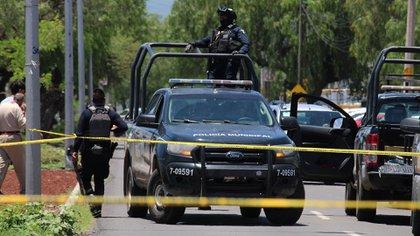 Los presuntos criminales lograron escapar. No obstante, la camioneta robada fue recuperada por las autoridades estatales (Foto: EFE/Str)