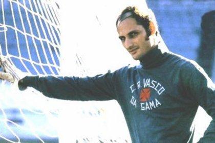"""Edgardo """"El Gato"""" Andrada quedó en la historia del deporte por haber sido el arquero argentino que """"sufrió"""" el gol número 1.000 de  Pelé"""