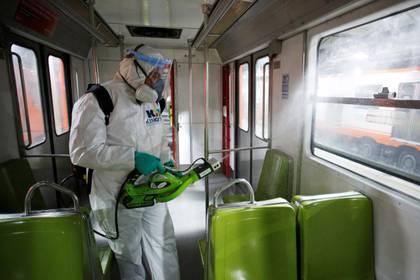 Ferrocarriles Suburbanos informó sobre sus medidas de sanitización ante la pandemia global por COVID-19 (Foto: Gustavo Graf/ Reuters)