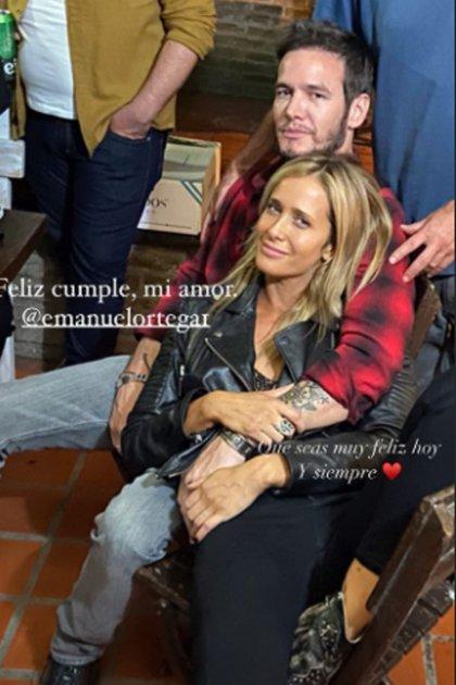 La primera foto que publicó Julieta Prandi junto a Emanuel Ortega fue el día del cumpleaños del músico. Y la acompañó con un romántico mensaje