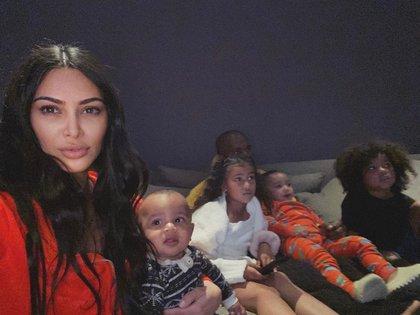 Kim Kardashian, Kanye West y sus cuatro millonarios herederos (Foto: Instagram @kimkardashian)