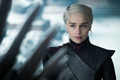 "Emilia Clarke como Daenerys Targaryen en el final de ""Juego de tronos"" (Helen Sloan/HBO)"