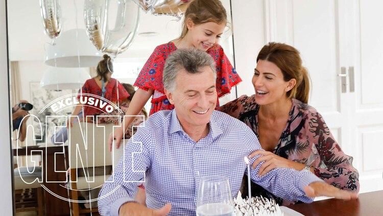 Mauricio Macri festejó en la intimidad junto a Juliana y Antonia.