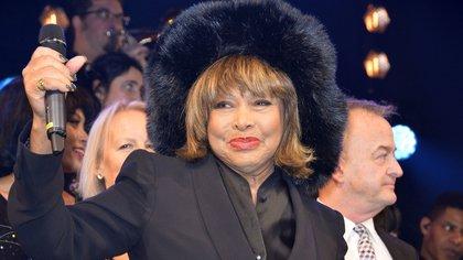 A los 81 años, retirada pero nunca del todo, Tina Turner sigue siendo una inspiración para millones de personas (BabiradPicture/ Shutterstock)