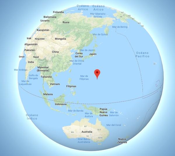 La ubicación de la Fosa de las Marianas en un mapa del globo de Google Earth