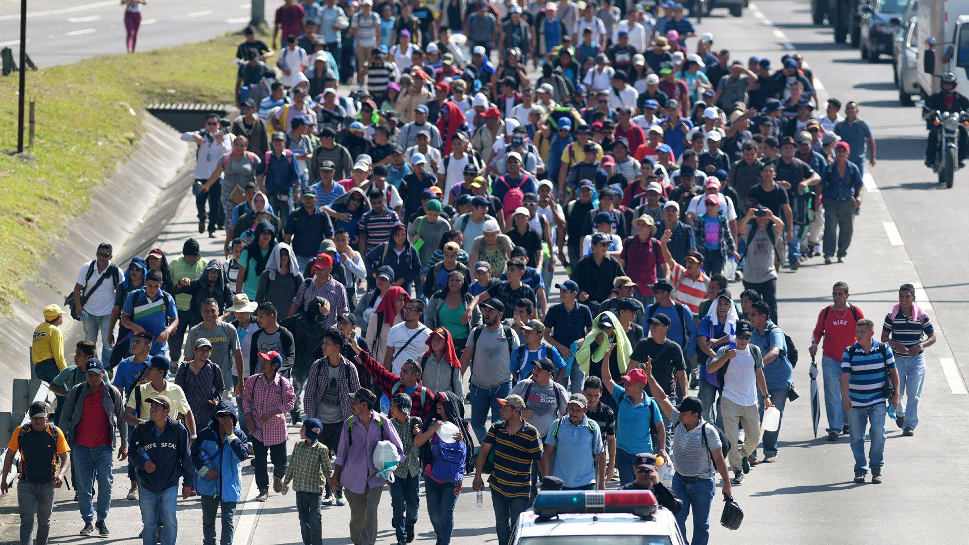 Los miles de centroamericanos huyen de la violencia y la falta de empleo en sus países (Foto: AFP)