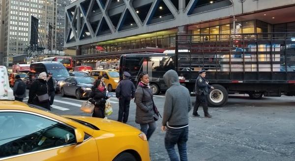 La explosión tuvo lugar en la principal terminal de buses de Nueva York